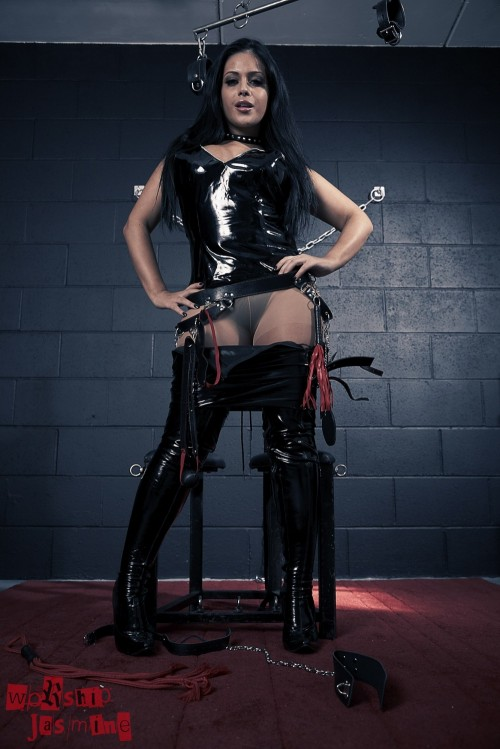 Jasmine Jones - Dungeon Torture - Picture 5