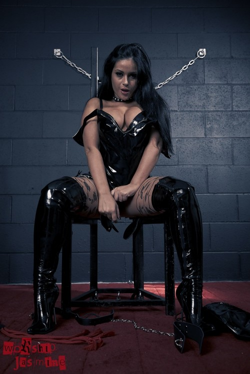 Jasmine Jones - Dungeon Torture - Picture 6