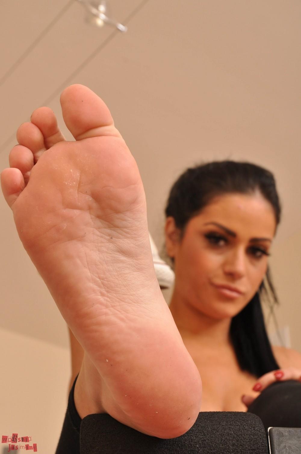 Sweaty feet worship gallery